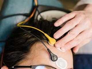تست ECOG یا الکتروکوکلئوگرافی چیست؟ همه چیز در مورد تست ECOG